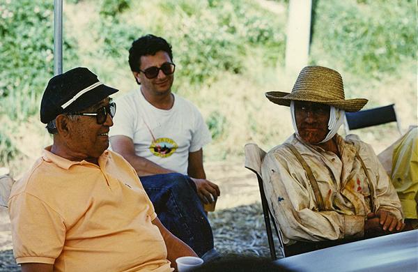 Kurosawa (izquierda) con Scorsese caractyerizado como Van Gogh. Foto: cinearchive.org