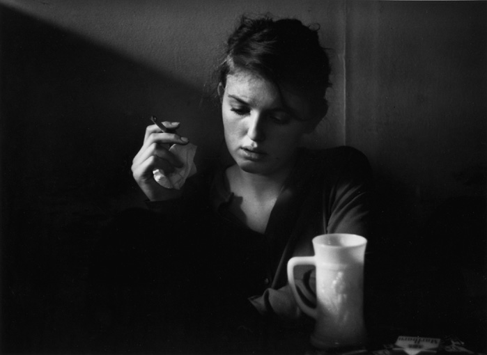 Jennine Pommy Vega, 7 Arts Coffee Gallery, New York City, 1957 © Dave Heath - www.bulgergallery.com