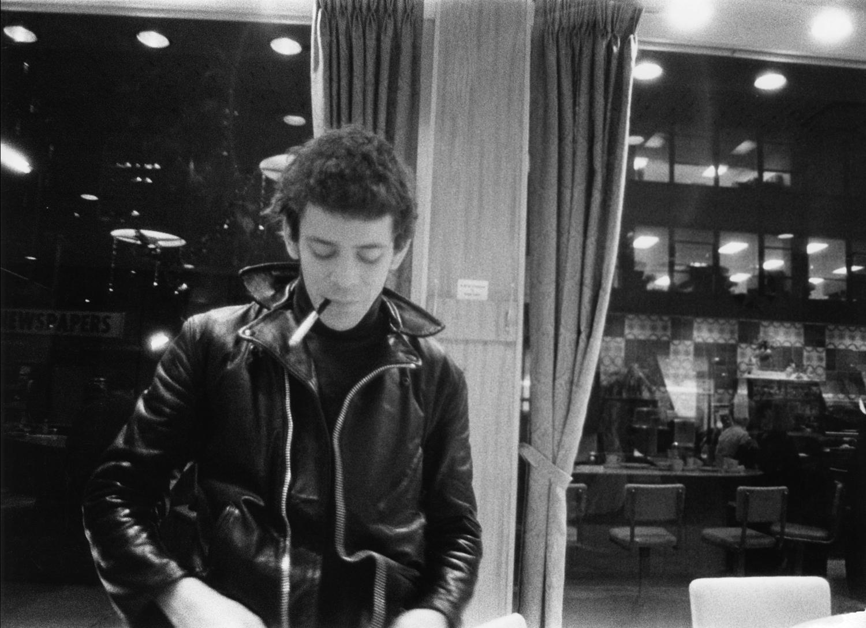 Retrato de Lou Reed realizado por Billy Name. 'Teníamos una conexión especial, sabíamos lo que pensaba el otro sin necesidad de palabras', recuerda el fotógrafo © Billy Name - From 'Billy Name: the Silver Age', published by Reel Art Press