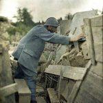 Sin título. Autor anónimo. Autocromo de un soldado francés en la I Guerra Mundial - Dominio público
