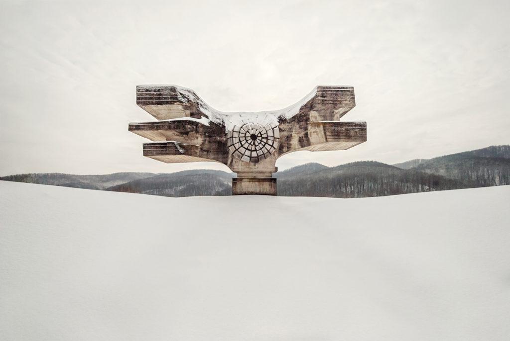 Escultura conmemorativa de la II Guerra Mundial en Croacia - Foto: www.totallylost.eu