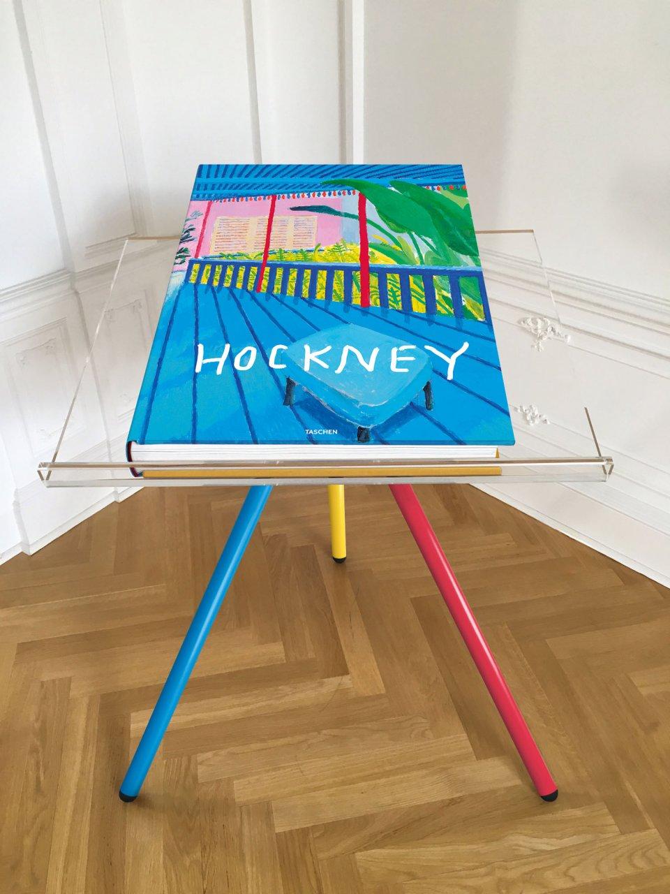 El libro en su atril. Foto: © Taschen