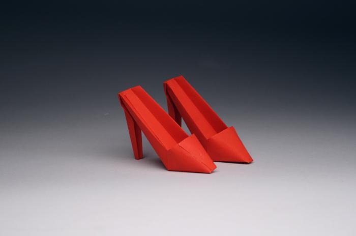'Cruel Mules, Opus 576' - Rober J. Lang - Foto: www.langorigami.com