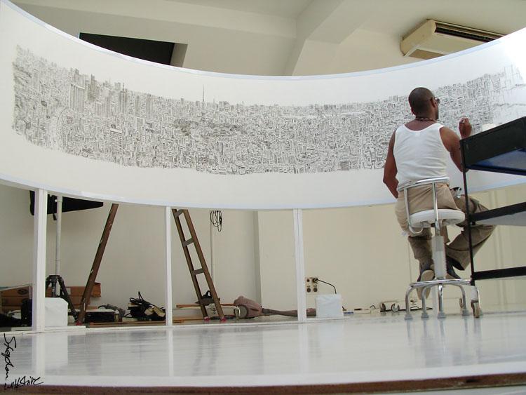 Stephen Wiltshire dibujando una panorámica de Tokio - Foto: www.stephenwiltshire.co.uk