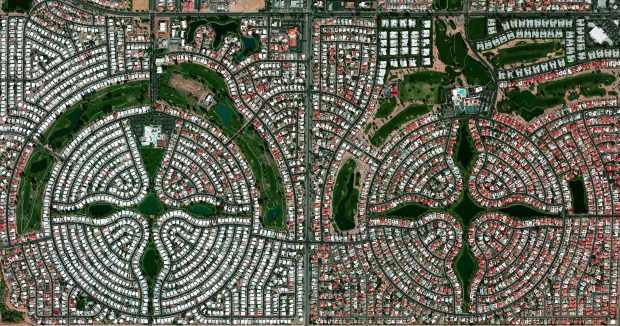 Sun Lakes, Arizona Cortesia de Benjamin Grant / Satellite imagery © DigitalGlobe, Inc