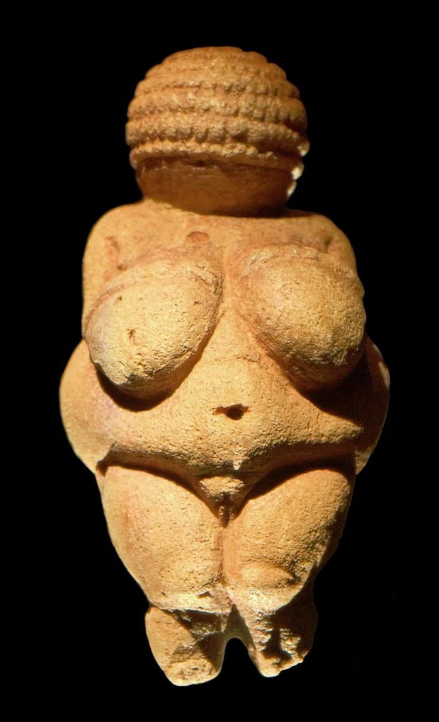 Venus de Willendorf MatthiasKabel. Wikimedia Commons.