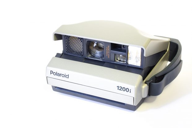 Polaroid Spectre. Wikimedia Commons.