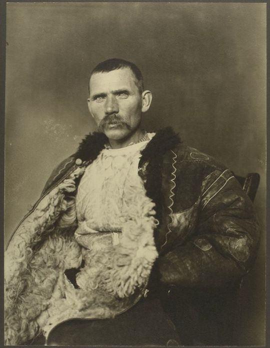 Pastor rumano. Augustus Sherman. New York Public Library.