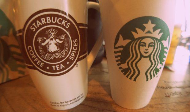 Evolución de los logotipos de Starbucks. Wikimedia Commons. Aneil Lutchman.
