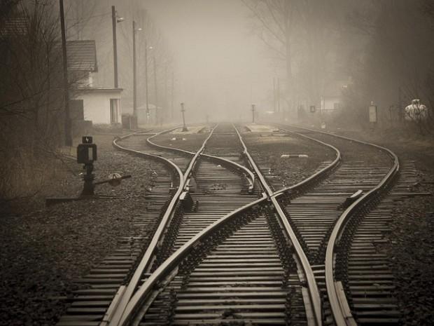 Resultado de imagen para caminando linea del tren