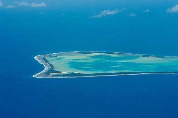 ¿Cuál es la principal fuente de ingresos de Tuvalu?