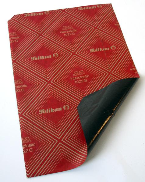 La curiosa historia del papel de calco o papel carbón