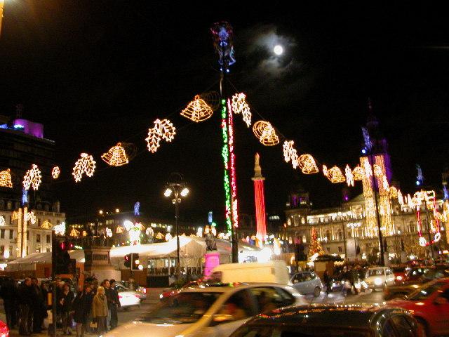 ¿Dónde se encendieron las primeras luces de Navidad?