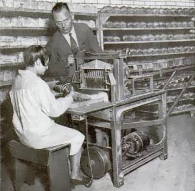 Paper warehouse st louis