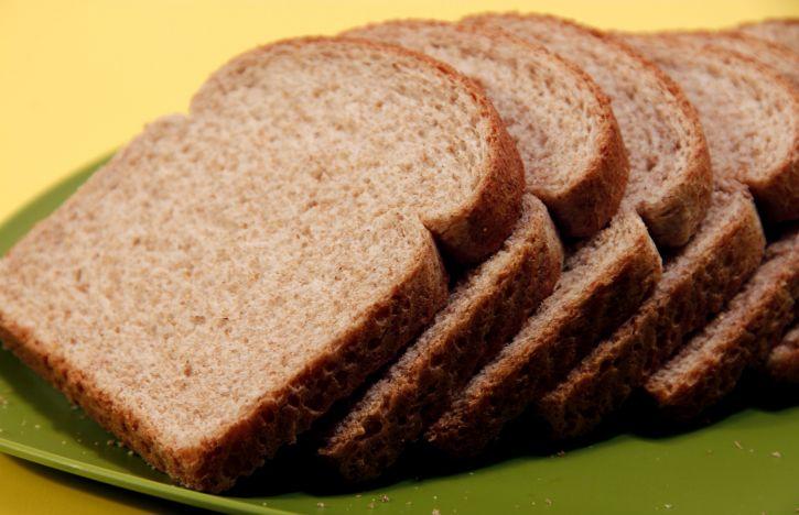 ¿Cómo surgió el pan de molde cortado en rebanadas?