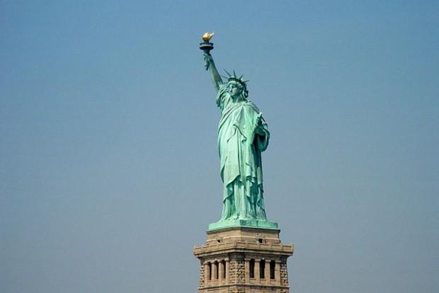¿Por qué la Estatua de la Libertad es de color verde?