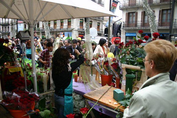 Sant Jordi, San Jorge y la tradición de regalar una rosa