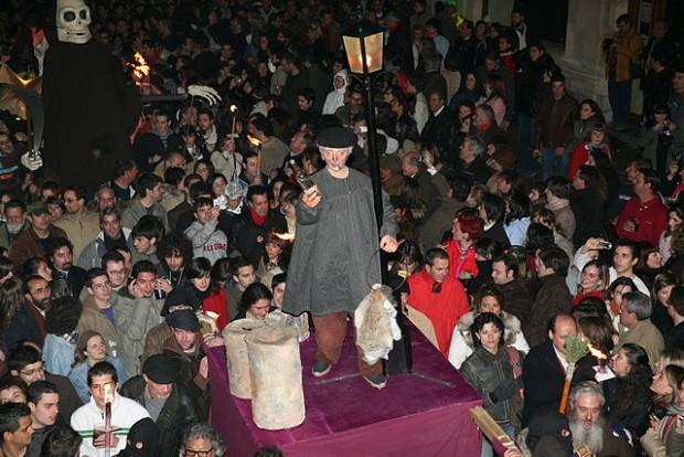 La curiosa procesión conocida como 'El entierro de Genarín'