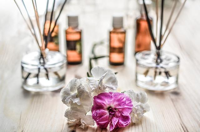 El curioso origen del término 'perfume'