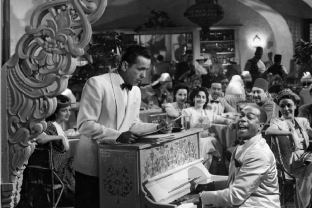 Destripando mitos: En la película Casablanca no dicen la frase 'Tócala otra vez, Sam'