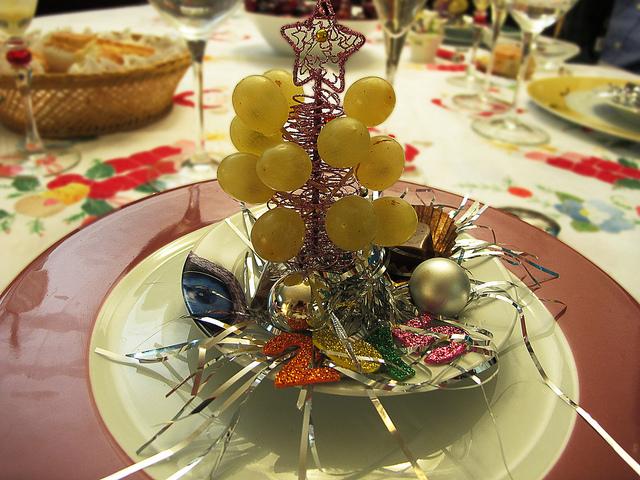 La tradición de tomar 12 uvas en Nochevieja
