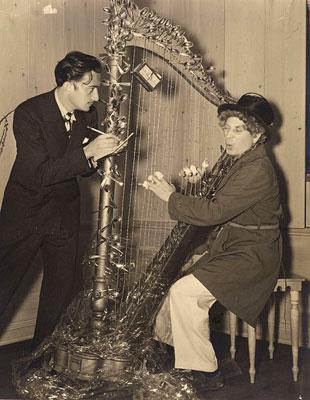 ¿Sabías que Salvador Dalí y Harpo Marx formaron una pareja artística?