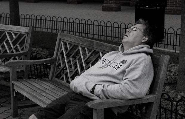 ¿De dónde proviene la expresión 'Dormir como un ceporro'?