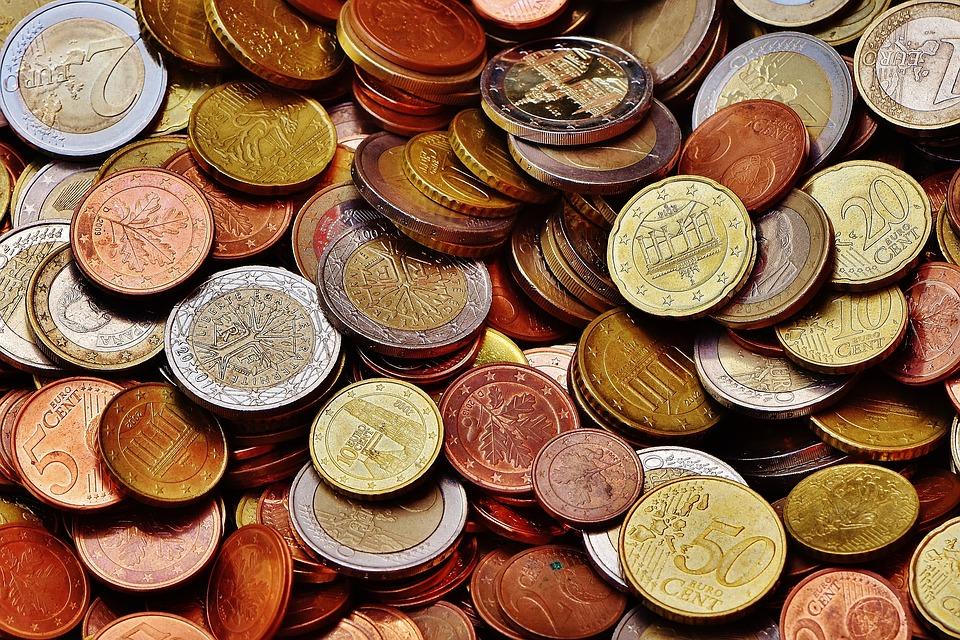 ¿De dónde proviene llamar 'pasta' al dinero?