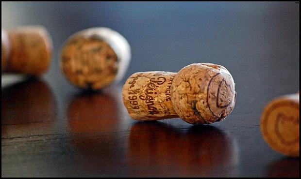 ¿Sabías que por el dibujo que hay en la base del corcho puedes saber qué tipo de cava estás bebiendo?