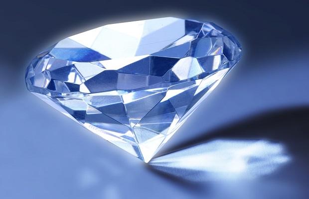El curioso e histórico motivo por el que los diamantes se pesan en quilates