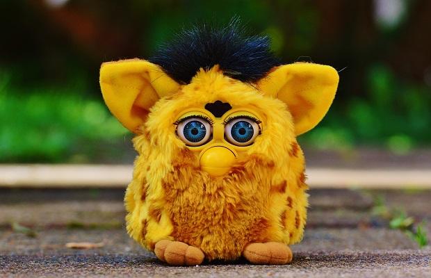 ¿Sabías que la Agencia de Seguridad Nacional de EEUU (NSA) prohibió llevar 'Furbys' a sus instalaciones?