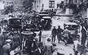 ¿Cuál está considerado como el primer atentado con un coche bomba de la Historia?