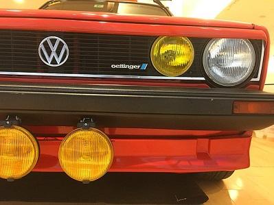 ¿Qué fue de los faros amarillos de los coches franceses?