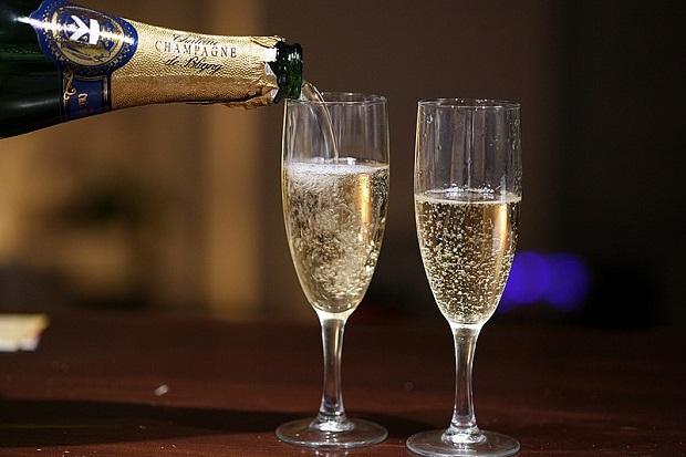 ¿Cuál es el origen del champán?