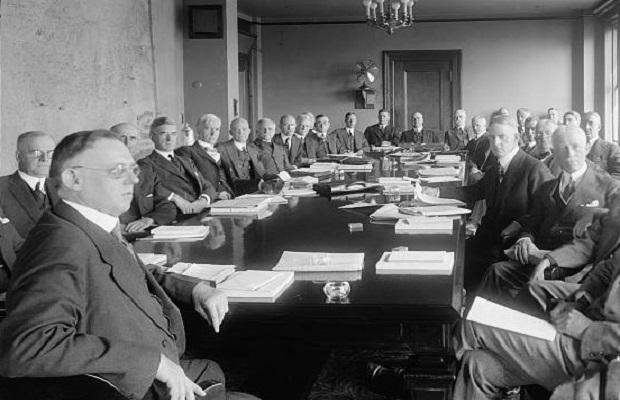 ¿De dónde surge el término 'gabinete'?