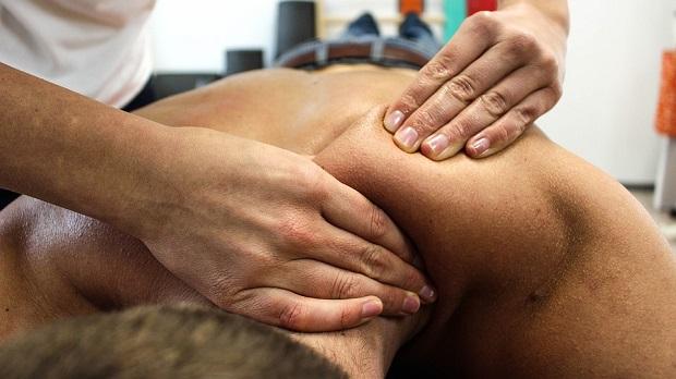¿Cuál es el origen del término 'masaje'?