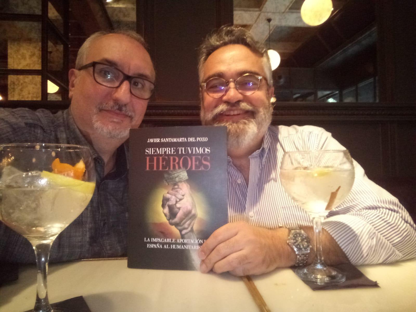 Reseña del libro 'Siempre estuvieron ellas' de Javier Santamarta
