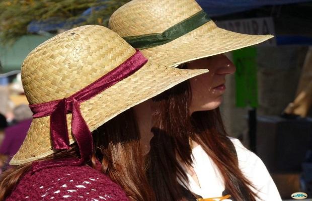 El origen de llamar 'pamela' al sombrero femenino de paja y ala ancha