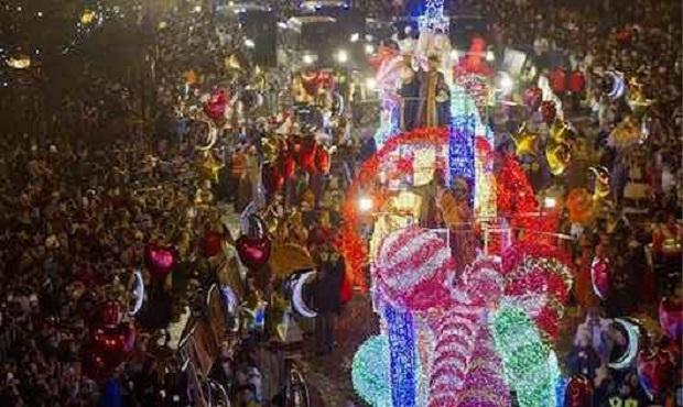 ¿Desde cuándo se celebra la cabalgata de los Reyes Magos?
