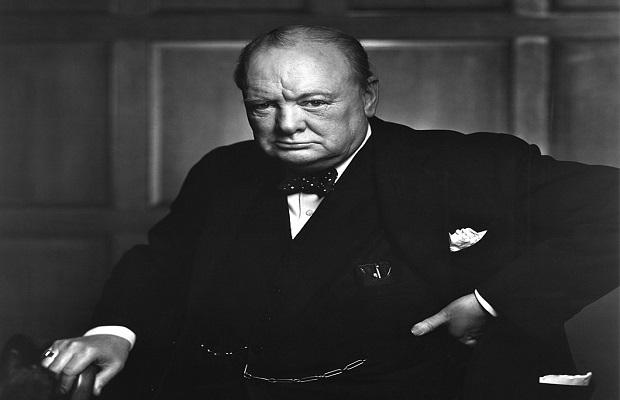 La curiosa anécdota tras una de las fotografías más icónicas de Winston Churchill