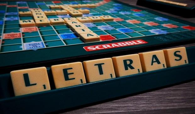 juego de mesa Scrabble | Ya está el listo que todo lo sabe