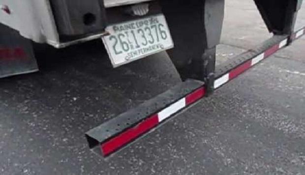 ¿De dónde surge llamar 'Mansfield' a la barra de seguridad trasera que llevan los camiones?