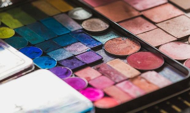 Media docena de curiosos términos que hacen referencia a tonalidades de colores (V)
