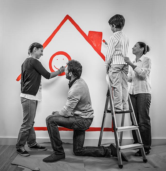 Los pintores expertos de Reparalia te enseñan sus trucos, consejos e ideas para elegir bien y acertar con el color de una pared, además de los efectos en tu decoración de cada tono y acabado de la pintura