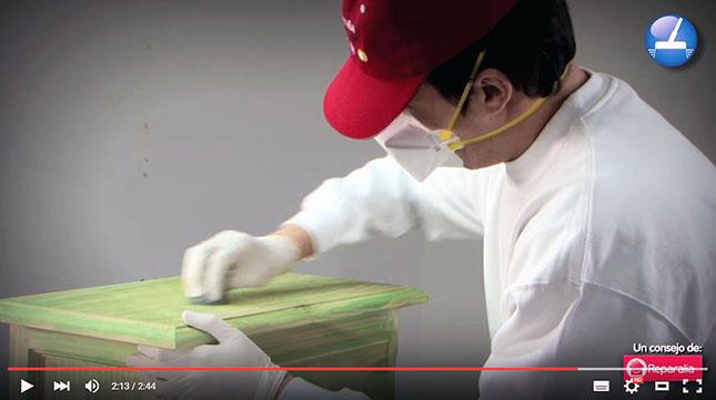 Aprende cómo decapar la pintura de tus muebles de madera de forma rápida, fácil y sencilla, DIY puro y duro!