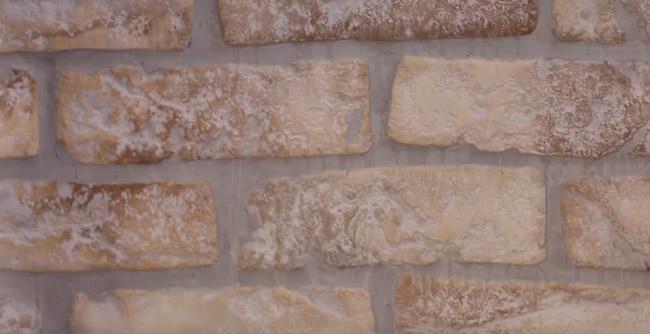 Truco diy espectacular c mo decorar tu pared con ladrillo visto de imitaci n un hogar con - Ladrillo visto interior ...