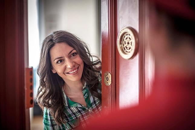 Los expertos en reparación de todo tipo de averías del hogar de Reparalia te dan 5 consejos de Home Staging para vender o alquilar tu casa más rápido y por más dinero