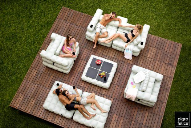 Los expertos en reparación de todo tipo de averías del hogar de Reparalia te traen ideas de decoración y disfrute de exteriores como piscinas, patios y jardines, con mobiliario modular hinchable de diseño.