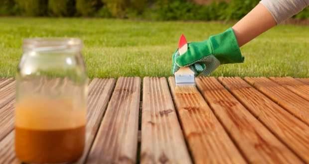 Los expertos profesionales en reparación de todo tipo de averías y roturas del hogar, de Reparalia, te traen hoy ideas, trucos y consejos para proteger y cuidar tus muebles de madera de casa.