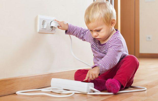 Los expertos en reparación de todo tipo de averías del hogar de Reparalia te traen ideas, consejos y trucos para adaptar tu casa a la llegada de un niño recién nacido, aprendiendo a ahorrar tiempo, espacio y disgustos!